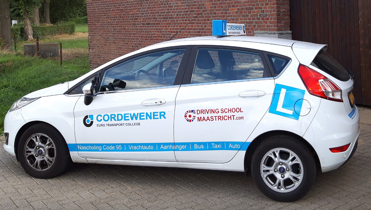 Student friendly Businesses - Driving School Maastricht